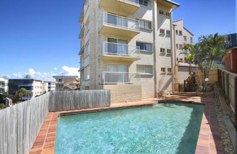 """Unit 1 """"Alinga"""" 27 Mahia Terrace Kings Beach Q 4551"""