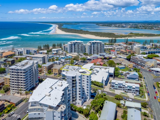 "Unit 91 ""The Pinnacles"" 42 Canberra Terrace Caloundra"