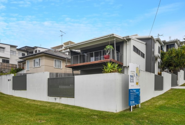 8 Upper Gay Terrace, Kings Beach