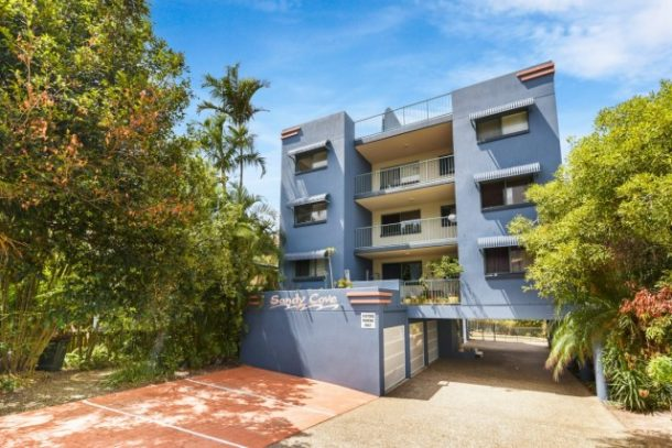 "Unit 5 ""Sandy Cove"" 49 Lower Gay Terrace, Caloundra"